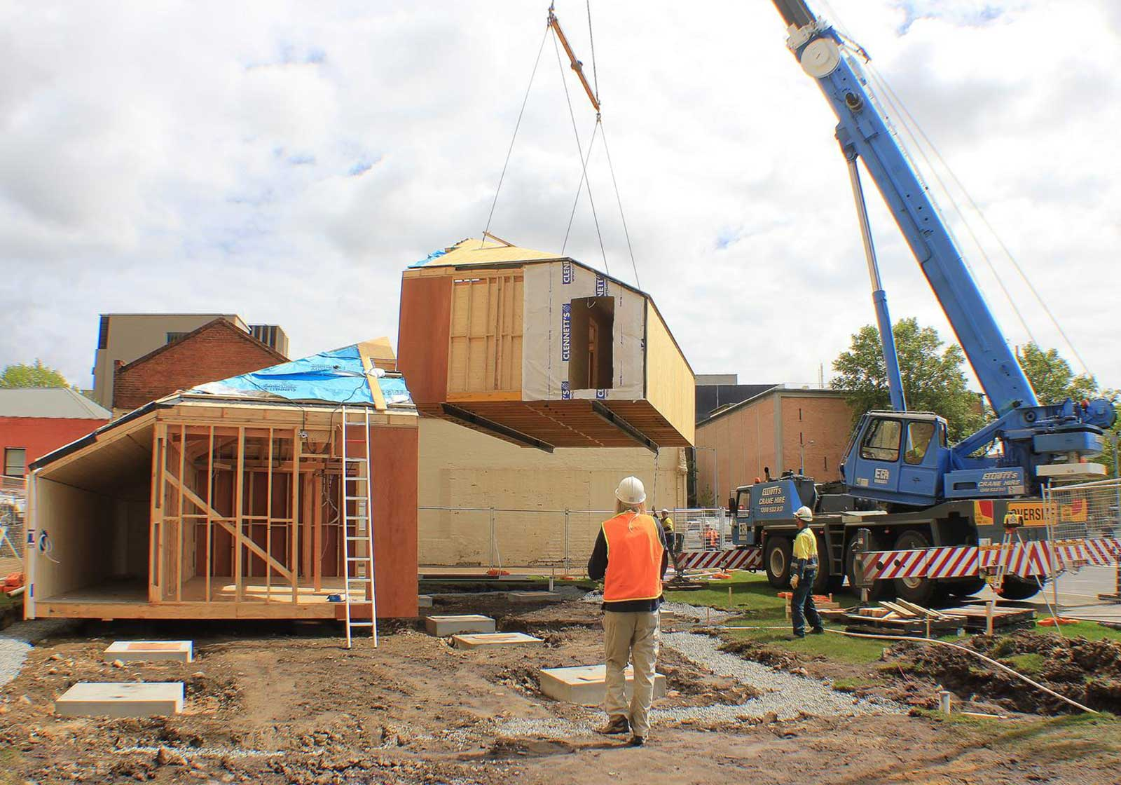 Replica-Build-site-construct-3